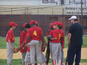 The Cruz Cardinals meet on the mound before Thursday's game