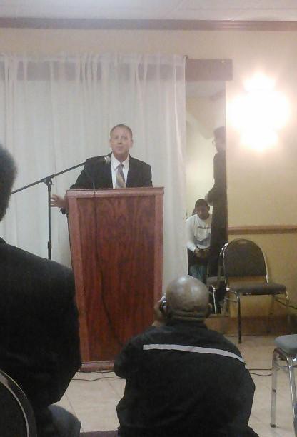 Robert Tuerk speaking at the Candidate Forum.