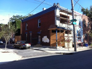 The exterior of iMunch also needed a facelift. (Photo courtesy of J. Roger Powe III)