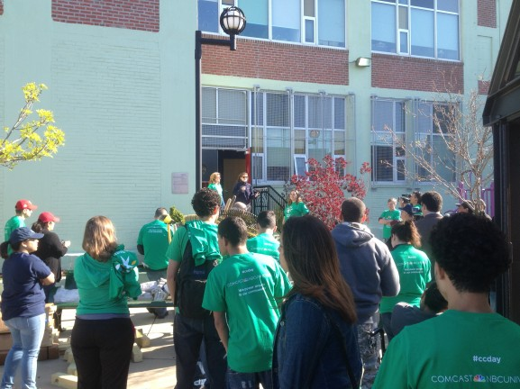 More than 200 volunteers gathered for this year's Comcast Cares Day.