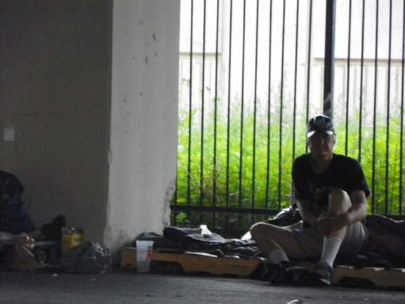 desantisirvingsummer15homeless7