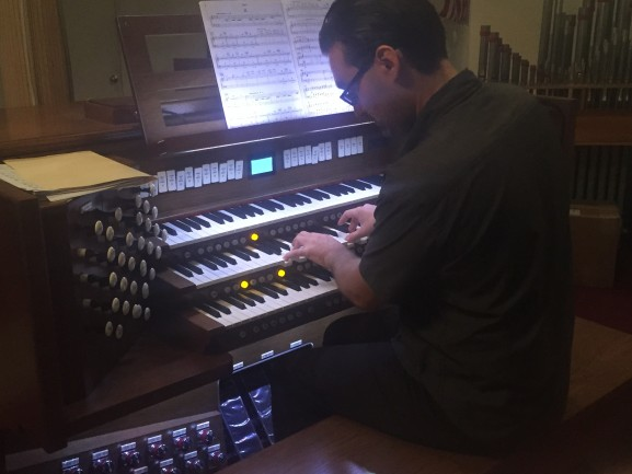 Organist Sandor Kadar.