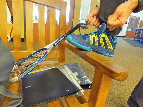 tying-shoe