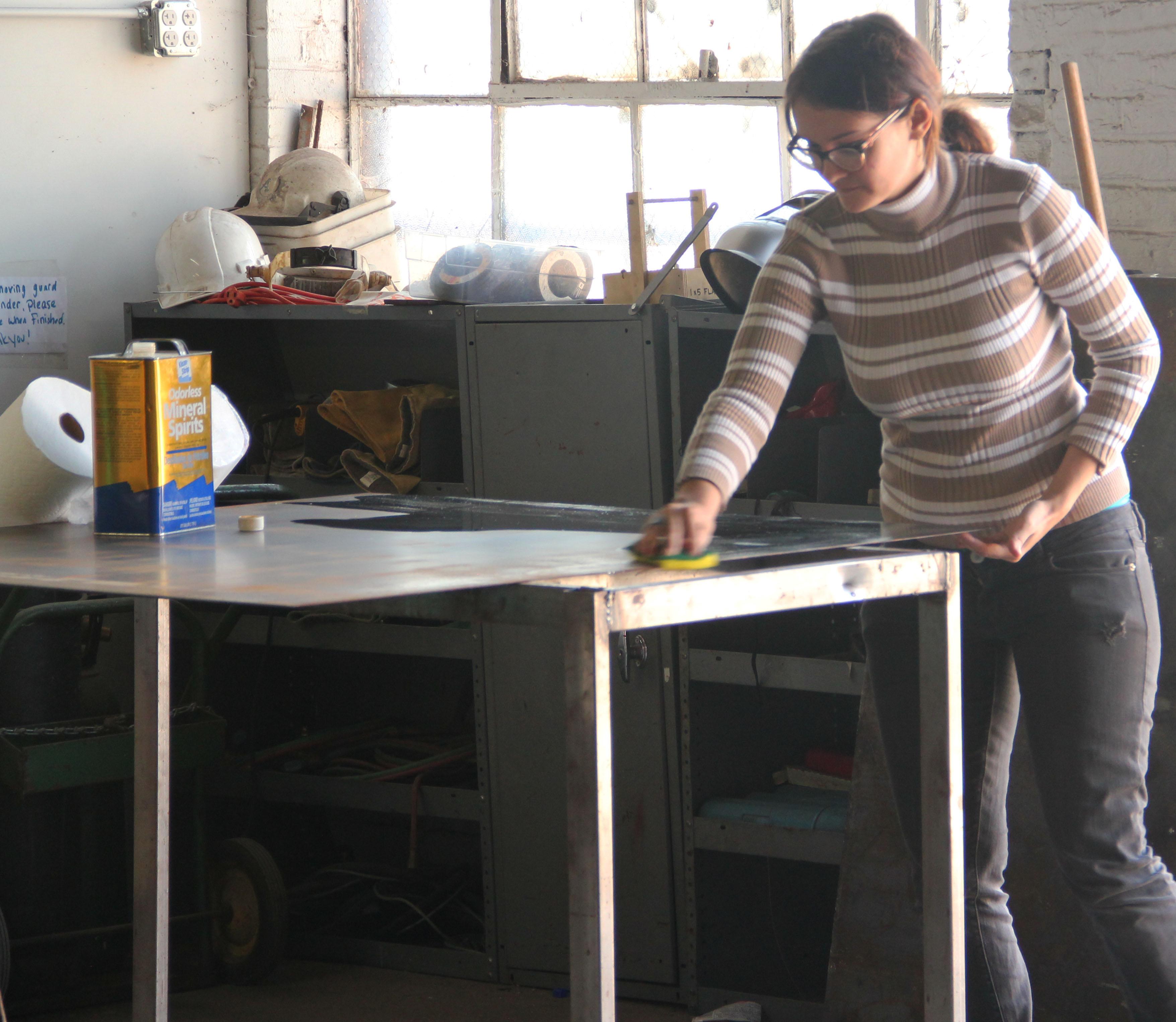 fa1301techphilly_Womanworking