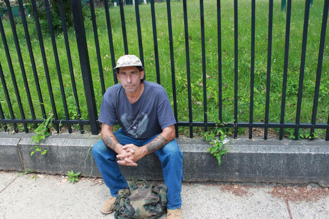 SUPN14NWPHILLY Kurt Albertelli Outside GHS